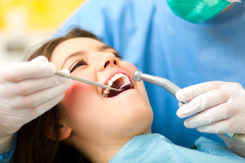 Patient having Tooth Extraction in Mississauga, ON
